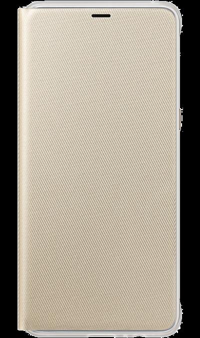 Чехол-книжка Samsung для Galaxy A8+, поликарбонат, золотистыйЧехлы и сумочки<br>Оригинальный чехол обеспечит надежную защиту задней крышке и торцам устройства. Не сильно увеличивает размеры смартфона. Оснащен необходимыми отверстиями под порты и камеру.<br><br>Colour: Золотистый